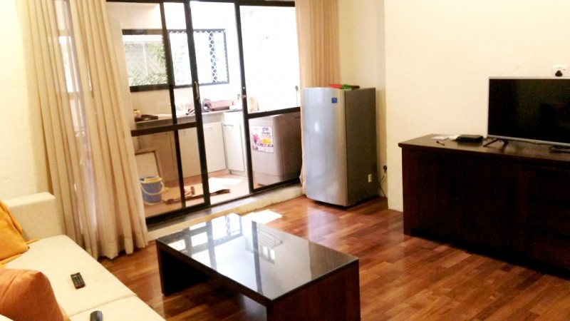 1 Br Apartment 1-4 in Central Location near the Vihara Maha Devi Park - Colombo 2